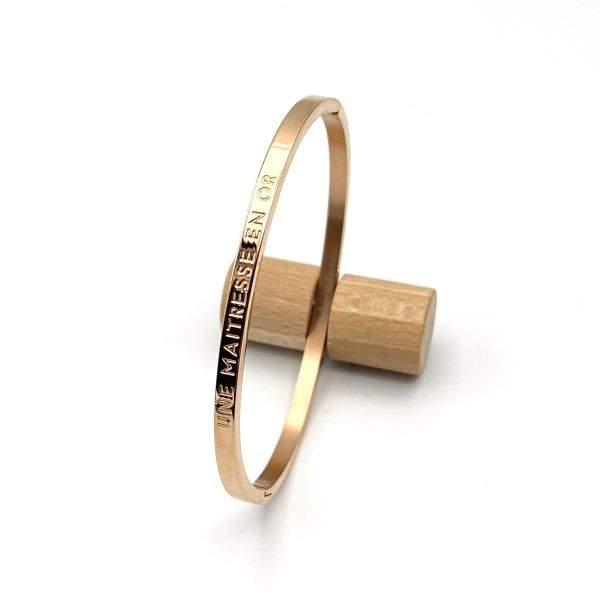 UNE MAITRESSE EN OR, Bracelet jonc à message en acier inoxydable