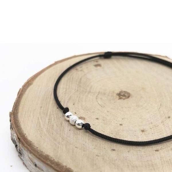 Bracelet cordon ajustable porte-bonheur perles en argent massif