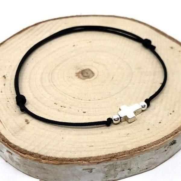 Bracelet cordon ajustable croix en argent massif
